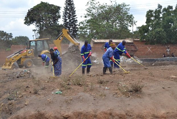 Ministry of Health commends Lilongwe City Council for clean-up exercise